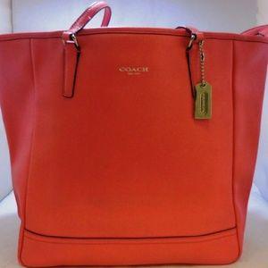 Coach Peach Leather Tote bag